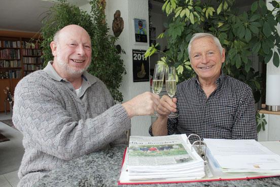 Zwei, die für das Rosendorf Wernborn geschuftet haben: Peter Zinke (links) und Karl Zwermann, Wernborns Ortsvorsteher und Chef des Obst- und Gartenbauvereins. Foto: Konder