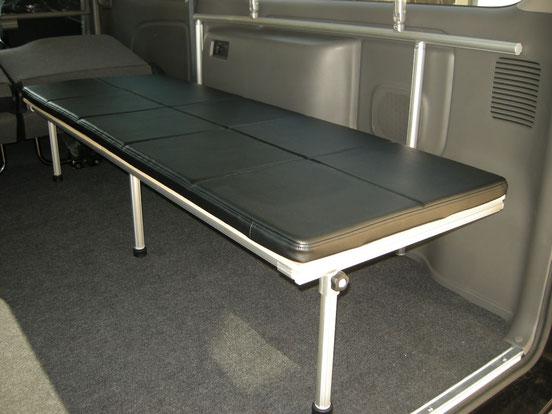 NV350キャラバンのベッドキットなら【トランポプロ】が簡単で良いですね!
