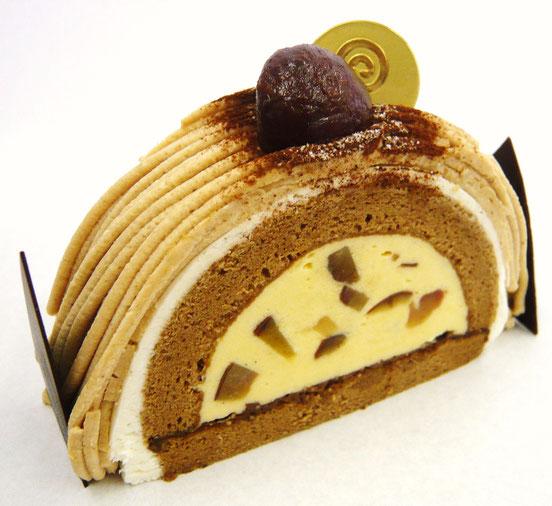 モンブラン ロールケーキモンブラン 栗のケーキ 栗