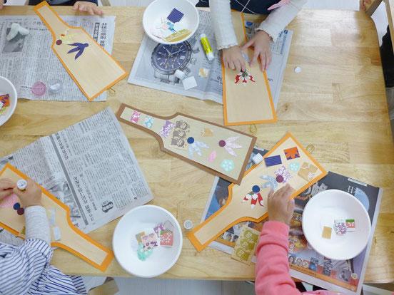幼児教室正月・羽子板づくり
