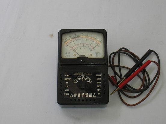 Multimeter Universal Modell AN 250 von ICE Milano Italien. Fertigungsjahr ca. 1960
