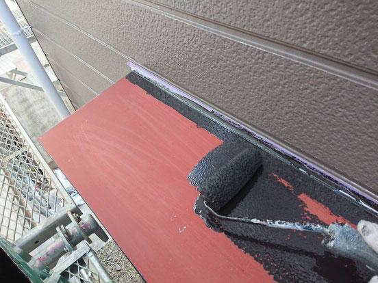 輪之内町、海津市、養老町、羽島市、大垣市、瑞穂市で外壁塗装工事中の外壁塗装工事専門店。輪之内町海松新田で外壁塗装工事/付帯の塗装作業中