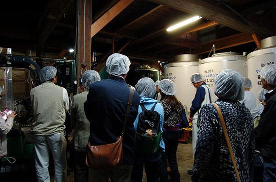 蔵を見学 ほんのり発酵のいい匂いがしていました