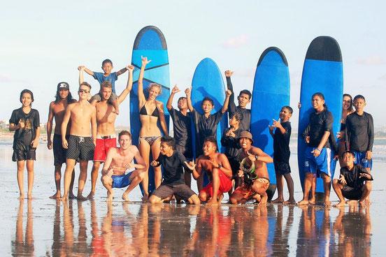 Bali Green Surf School Seminyak Leçon de surf Charité Orphelins
