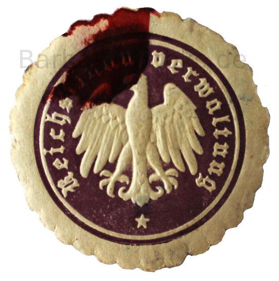 Ähnliches Siegel der Finanzverwaltung mit Resten von rotem Siegelwachs