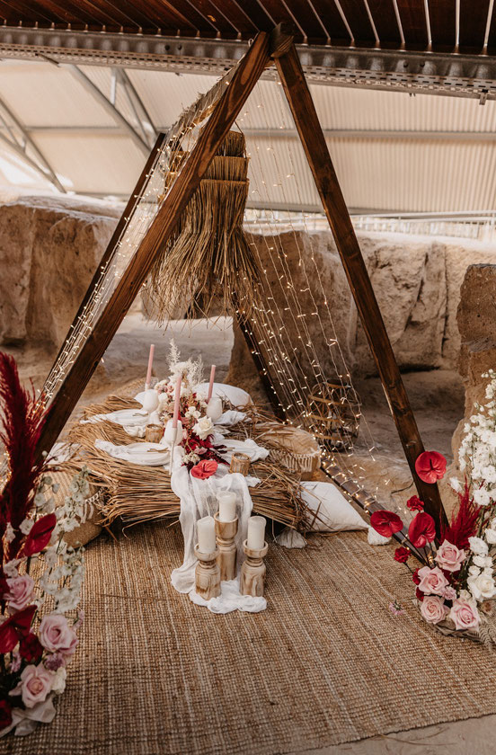 Lichterketten Zelt mieten Junggesellinnenabschied Boho Hochzeit Dekoverleih the featherette Light Chains tent Boho Wedding