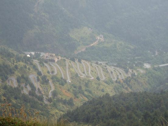 Serpentinen zum Col de Tende