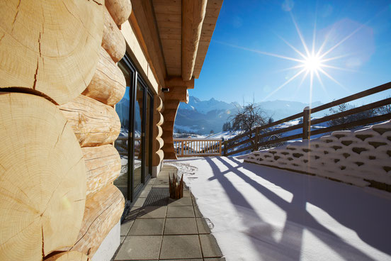 Der Ausblich von der eigenen Chalet Terrasse im Winter