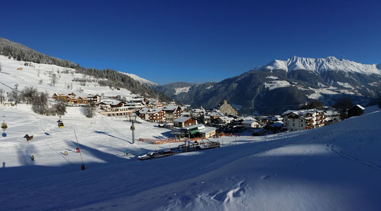 Ski in ski out - TyroLadis Chalets next to the Fiss Ladis ski slope