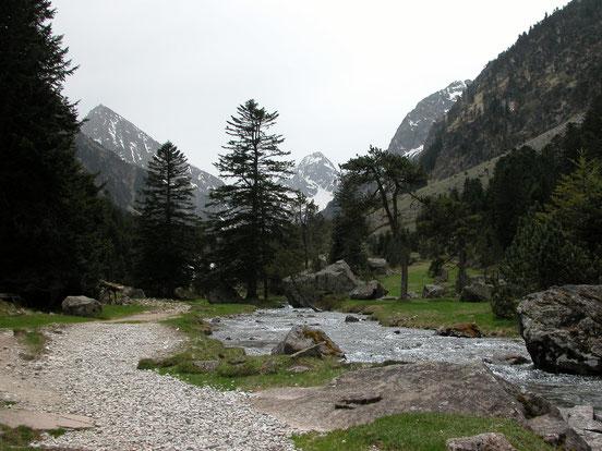 Vallée du Lutour - Refuge et lac d'Estom - La fruitière - Casa Bonita Gîte