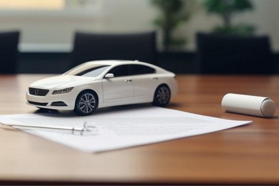 クラシックなスタイルの白の目覚まし時計。