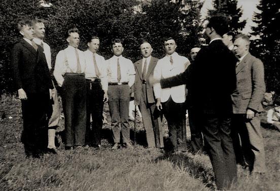 Der Chor der Kolpingbrüder 1931/32, rechts: Senior Josef Weber