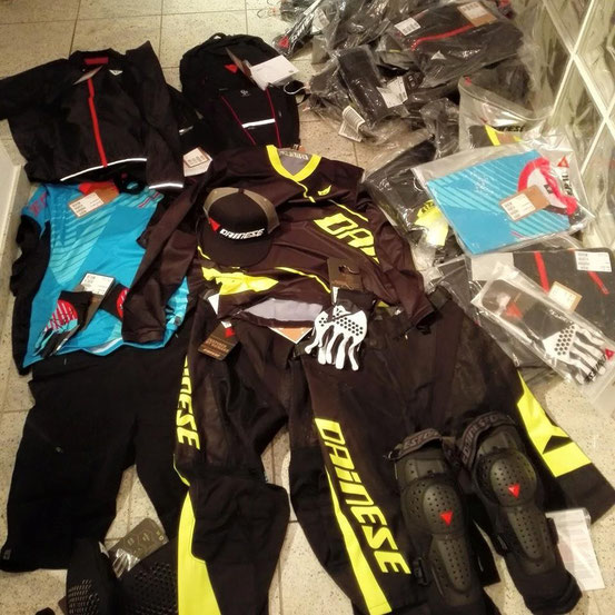 Huge thanks to Dainese for the support with the beast bike clothing and protection out there!!