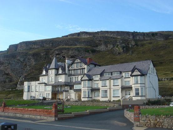 北ウェールズのランディドノー西岸に現在も残されているアリス・リデルの別荘「Penmorfa」