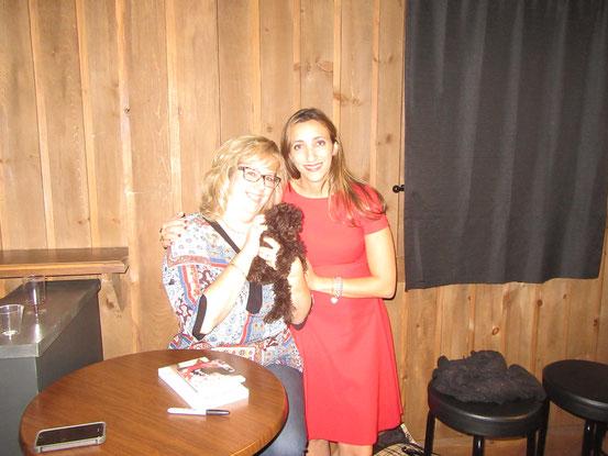 Me voici avec la belle et talentueuse Florence K et sa petite Manuka qui vient de mon élevage (bébé de Pépitte et Tommy)