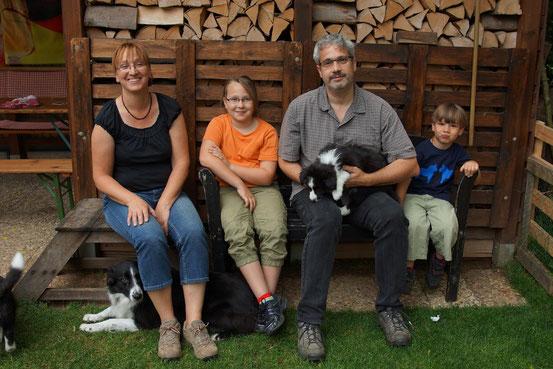 die neue Familie von 'Caillean', inkl. Border Collie Hündin Tara