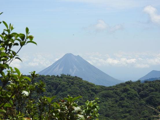 Der Vulkan Arenal - wunderschön und durchaus aktiv !