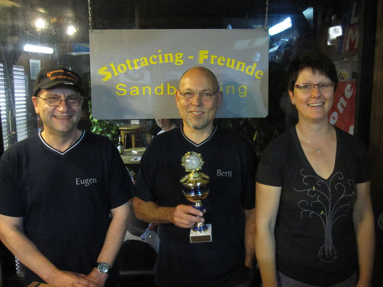 """Die Sieger beim """"RALLY-SOMMERSPEZIAL 2013"""" Berti,Eugen und Moni."""