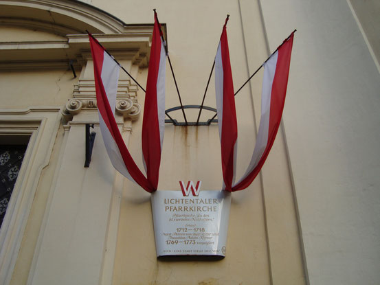 Lichtentaler Pfarrkirche. In Lichtental - damals eine Wiener Vorstadt, heute im 9. Wiener Gemeindebezirk - wurde Franz Schubert 1797 als Lehrersohn geboren und in seiner Lichtentaler Pfarrkirche getauft.