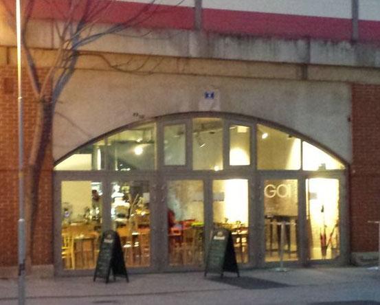 Café-Bar-Bistro 'Garage 01', 1030 Wien, Radetzkyplatz, Bogen 5. Website: Klick aufs Bild
