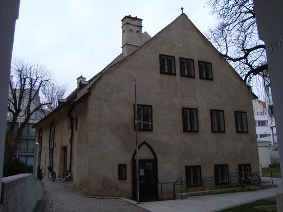 Ostansicht der Heumühle, Zugang von der Heumühlgasse, 1040 Wien