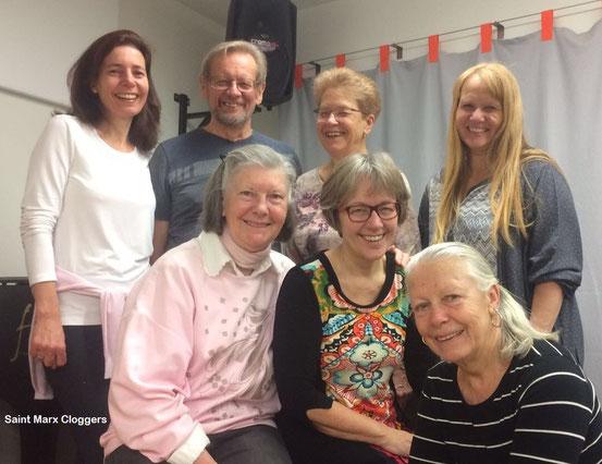 11.03.2017: Clogging-Gruppe 'Saint Marx Cloggers'. Hinten von links: Karin, Fritz, Ingrid, Dorli. Vorne von links: Christine, Brigitte, Gitta.