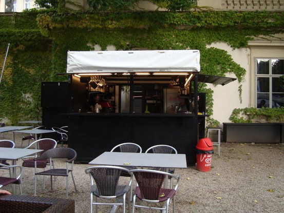Der Getränkestand des MOCCati im Liechtensteinpark