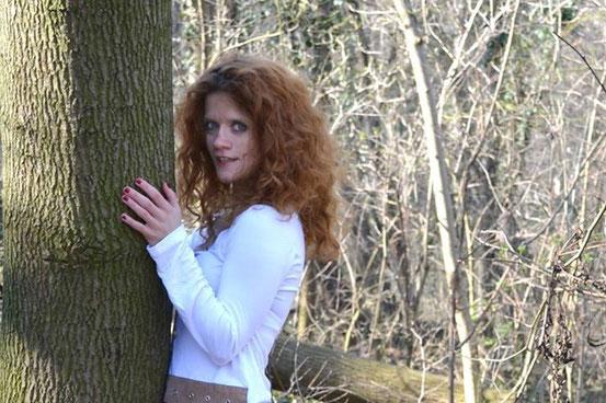 Barfly Sandy: Countrymusic is the new Rock 'n' Roll. Link zur Website: Klick aufs Bild