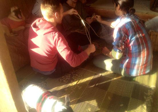 藁縄鍋敷き作り