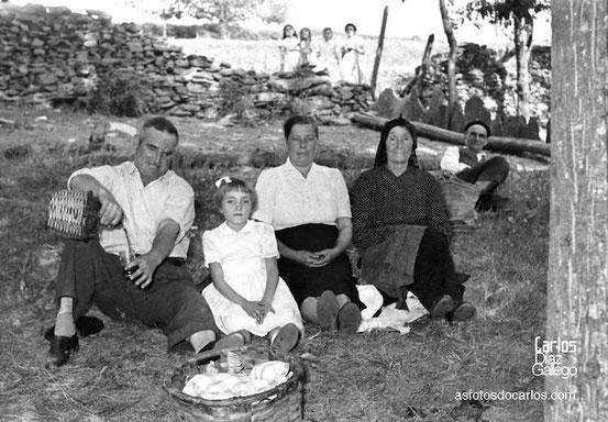 1958-Bendollo-merienda-Carlos-Diaz-Gallego-asfotosdocarlos.com