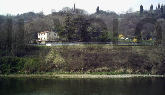 La casa degli Ufficiali del Campo di Pol unica costruzione rimansta intatta dal 1943