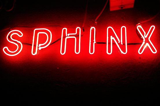 Neonschrift bestellen// Neon Joecks Berlin