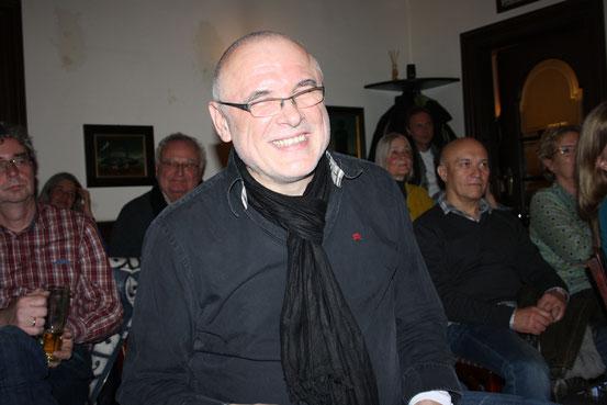 Der Mann mit der Bose - Soundmaster Karlfried.