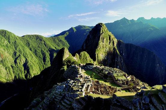 Machu Picchu bei Sonnenaufgang - Mystisch!