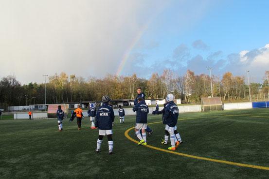 Regenbogen über der Arena...
