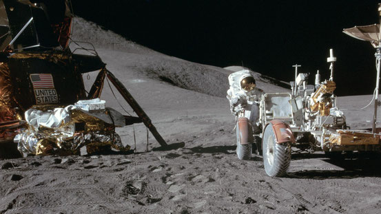Théorie du complot : Le programme Apollo - Mythes, Légendes Urbaines & Histoires Incroyables