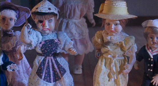 Dolls - Les Poupées de Stuart Gordon - 1986 / Horreur