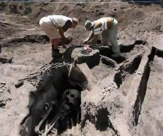 Les Squelettes Géants d'Arabie Saoudite - Mythes, Légendes Urbaines & Histoires Incroyables