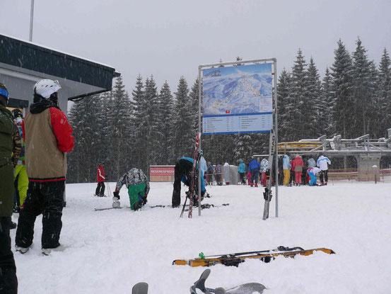 Hexenexpress: Einstieg zum neuen Vierer-Sessellift am Wurmberg