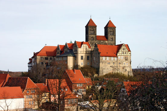 Schloss und Stiftskirche St. Servatii auf dem Burgberg in Quedlinburg