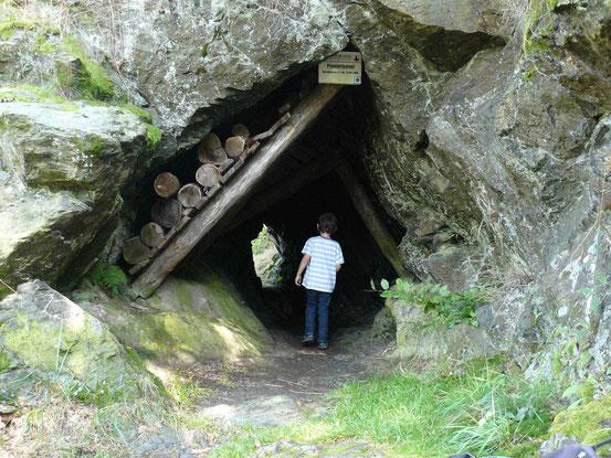Pioniertunnel auf dem Pionierweg zwischen Alexisbad und Mägdesprung