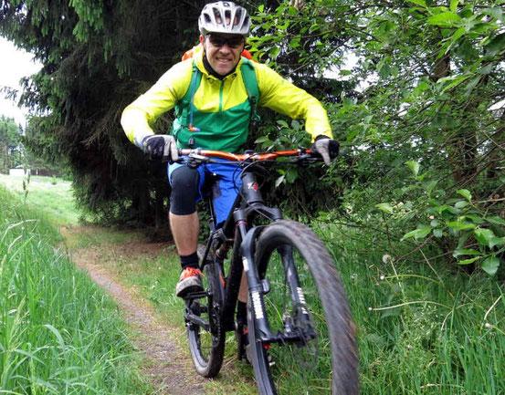 Norman Fass, Bundeslehrteam DIMB auf dem Mountainbike bei Clausthal-Zellerfeld/ Harz