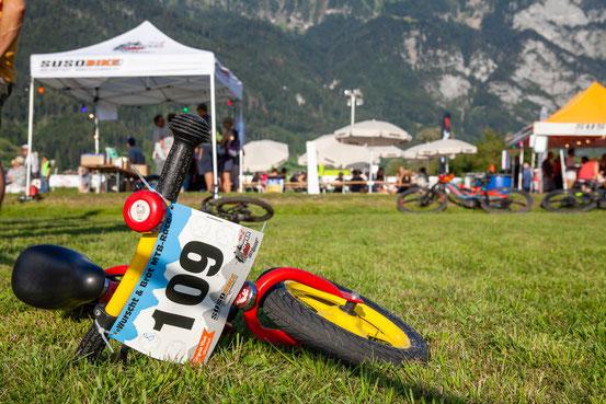 Klicke auf das Bild und finde viele weitere tolle Bilder vom Wurscht und Brot MTB-Race 2019. (www.heidisign.ch)