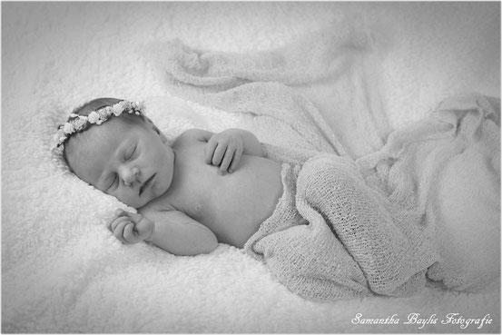 Samantha Baylis Fotografie Neugeborenenfotografie