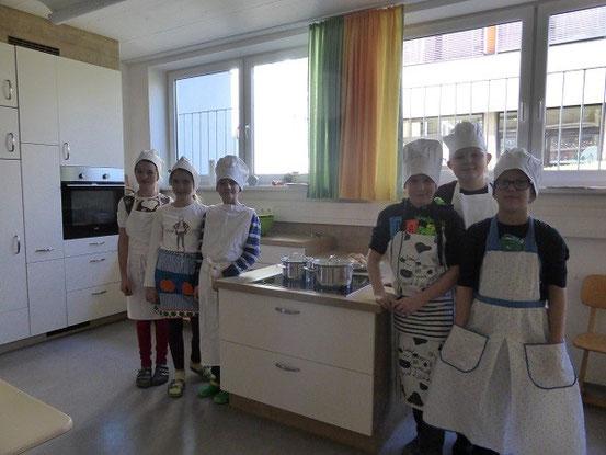 Klicken Sie um mehr über unsere Schulküche zu erfahren!