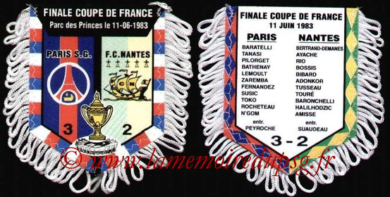 Fanion  PSG-Nantes  1982-83