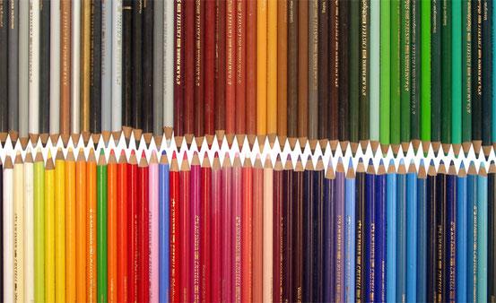 Wie kommt es, dass bei der Verarbeitung von bestimmten Lichtwellen Farberlebnisse entstehen?