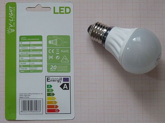 Durch Umrüstung auf energieeffiziente Beleuchtung wie z. B. LED-Lampen lässt sich der Stromverbrauch für Beleuchtungszwecke um bis zu 80 % senken.[232]