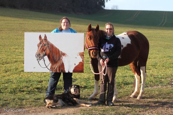 XXL Pferdegemälde, Präsentiert mit Pferd und Hund