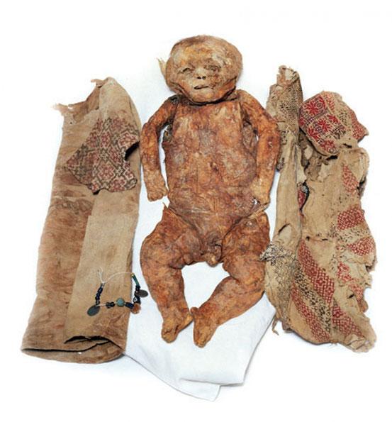 Yasmine, la prima mummia maronita ritrovata nella Valle di Qadisha - Libano (fonte foto trc-leiden.nl)